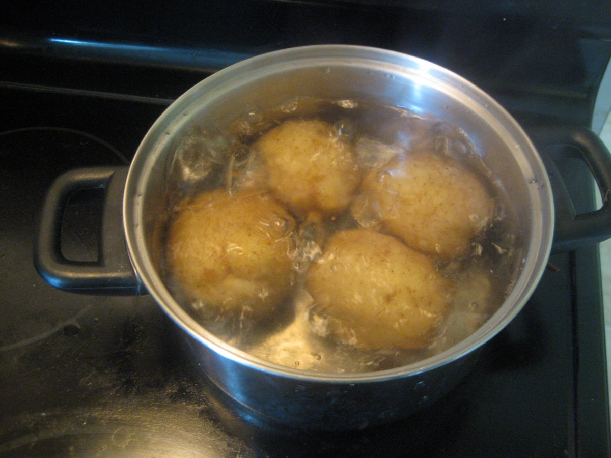 how long to boil small potatoes