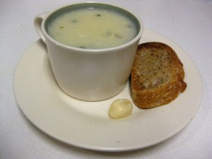 garlic soup with toasted bread