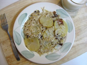 baked potatoes with sauerkraut