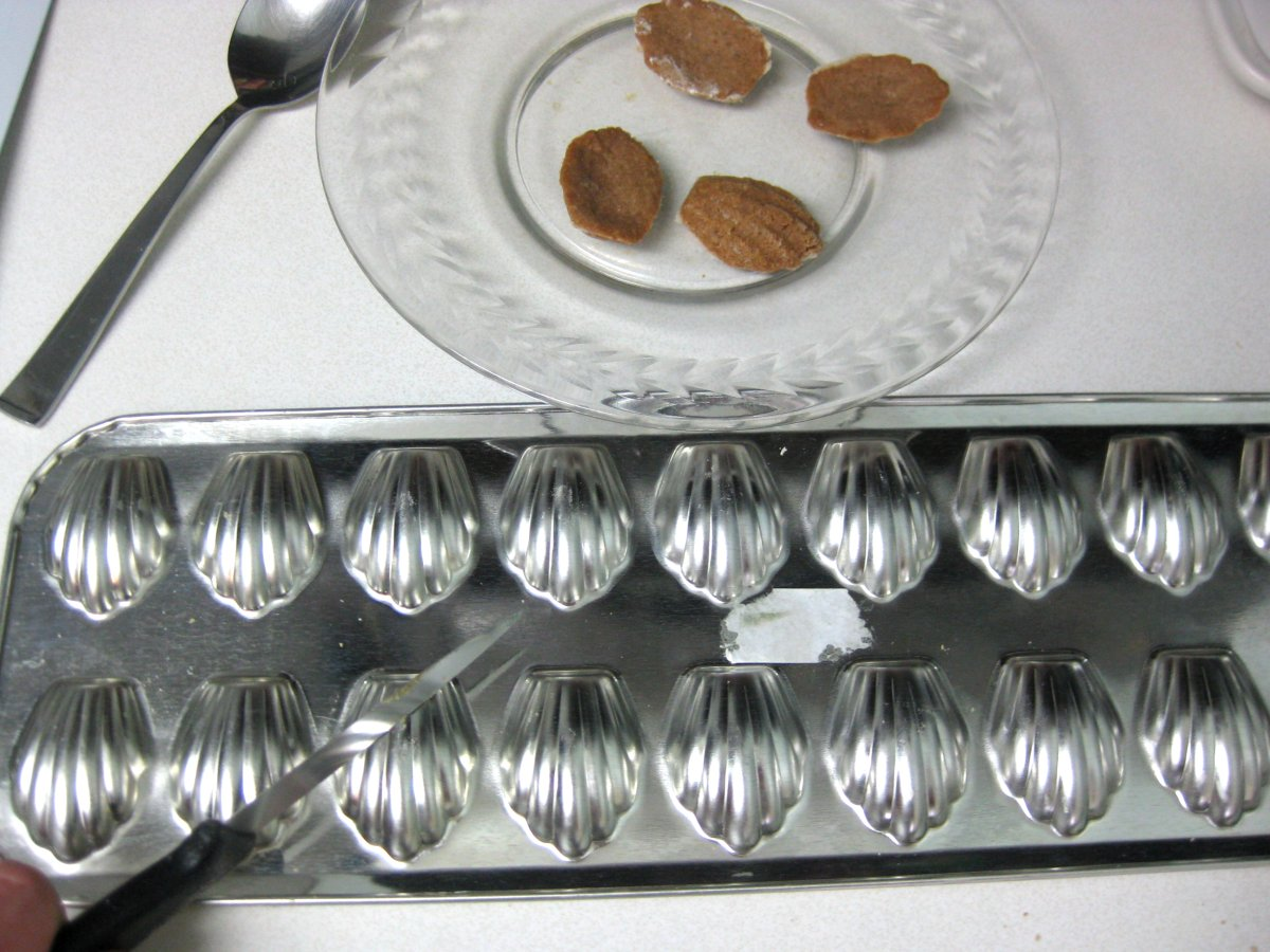 baking with nuts