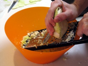 grating cabbage
