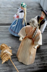slovak corn husk figurine