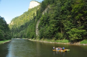 rafts in pieniny on dunajec
